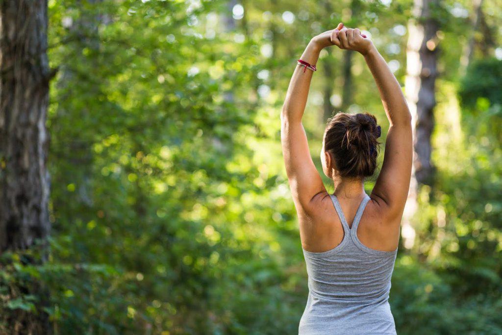 yoga et marche Aromayoga