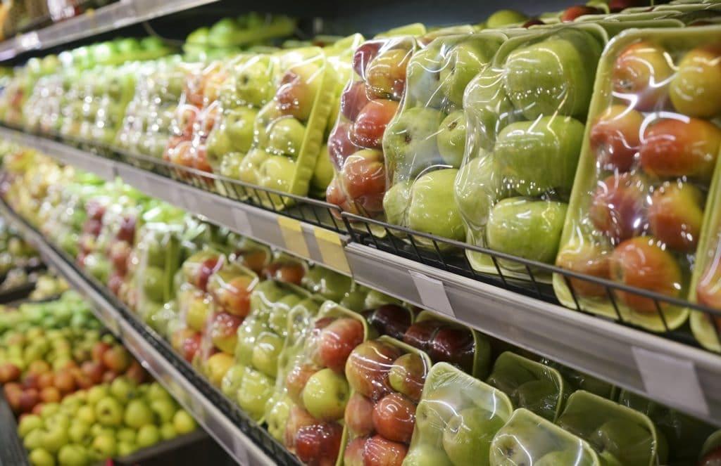 Economie Circulaire Fruit emballage sous plastique
