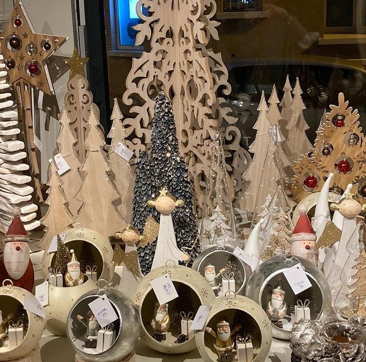 Nat et Fils decoration de Noel a croissy sur Seine